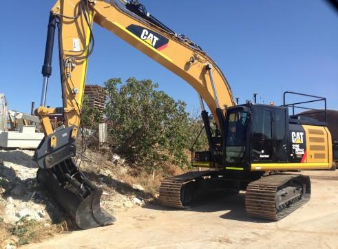 CAT 329 EL Excavator 3