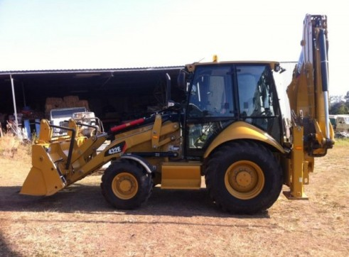 Cat 432E Backhoe 2