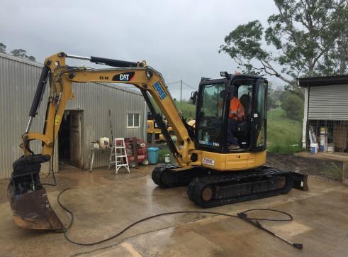 Cat 5T 305E Excavator 2