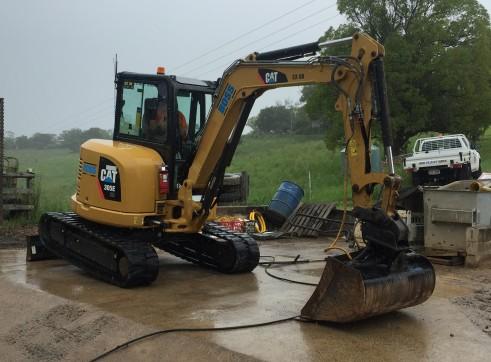 Cat 5T 305E Excavator 3