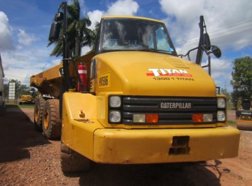 Cat 725 Articulated Dump Truck  2