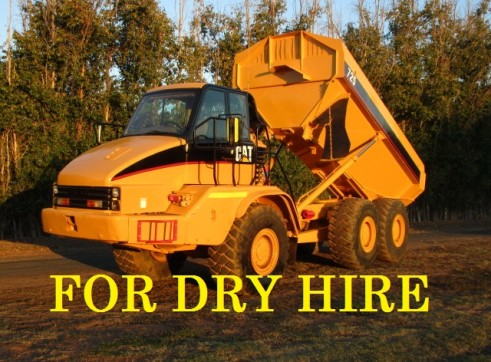Cat 725 Dump truck Moxy for dry hire Available NOW 1