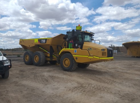Cat 730 Moxy with tailgate 1