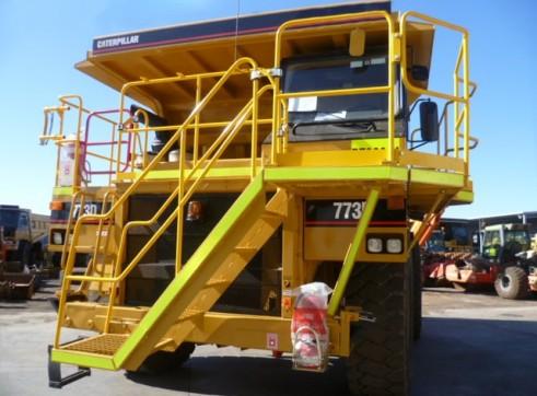 Cat 773D Rigid Dump Truck 1