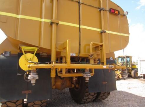 Cat 773D Rigid Water Cart 2