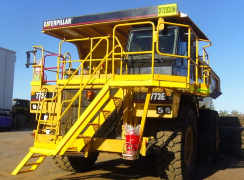 Cat 773E Rigid Dump Truck 1