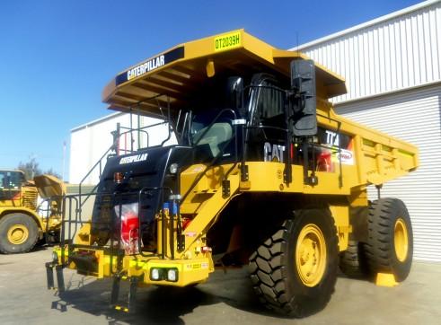 Cat 773F Rigid Dump Truck  1