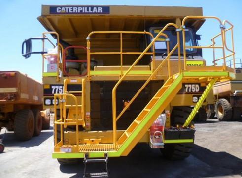 Cat 775D Rigid Dump Truck 2