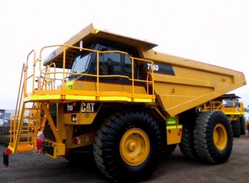 Cat 775D Rigid Dump Truck 1