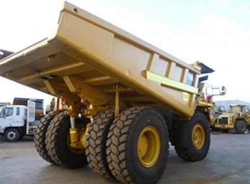 Cat 775E Rigid Dump Truck 1