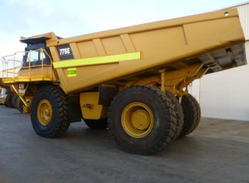 Cat 775E Rigid Dump Truck 2