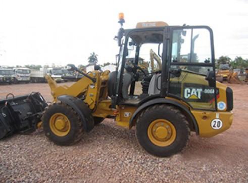 Cat 906H2 Wheel Loader 1