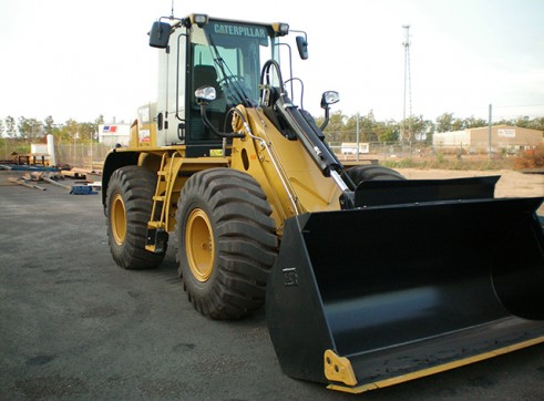 Cat 930H Integrated Tool Carrier 1