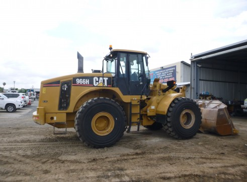 Cat 966H Wheel Loaders 1