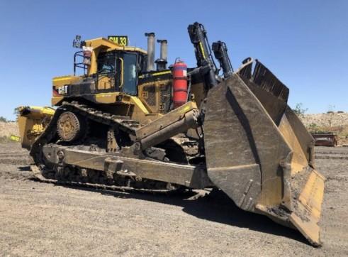 Cat D11T Dozer - mine spec 1