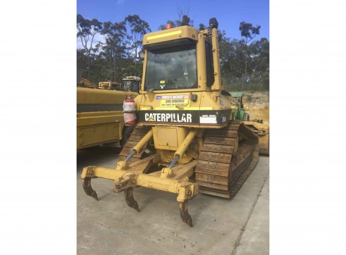 CAT D5N Dozer for hire NMS112 2