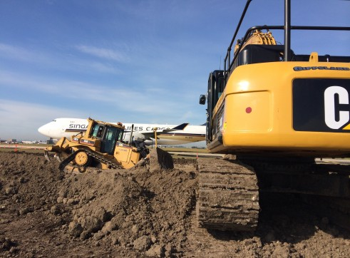 Cat D6R XL Dozer with GPS 1