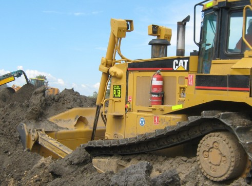 CAT D8R Dozer Series 2 1