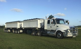 Cat Prime Mover w/B-Double Side Tippers 1