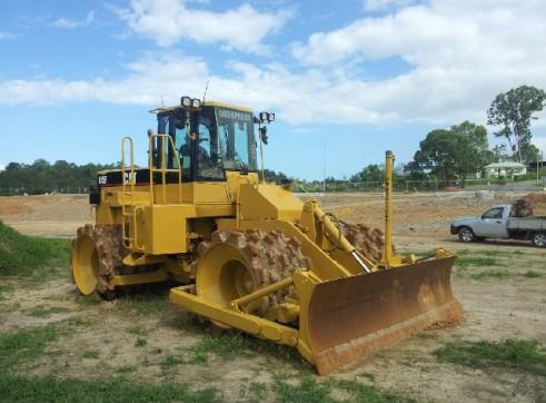 Caterpillar 21T 815F Compactor - Mine Spec 2