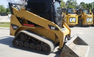 Caterpillar 257B Skidsteer Loader 1