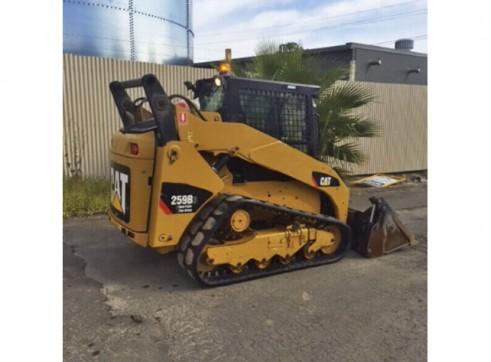 Caterpillar 259B Tracked Loader with a/c cab 5