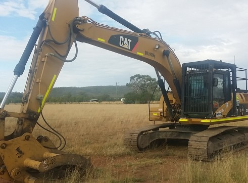 24T Caterpillar 324DL Excavator 1