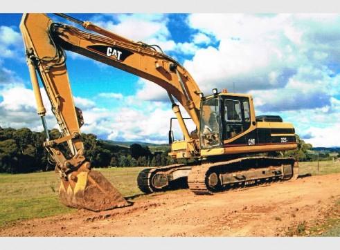 Caterpillar 325 Excavator 1