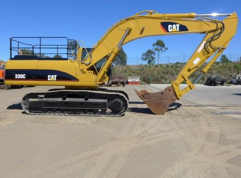 Caterpillar 330 Excavator 4