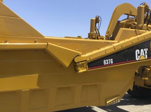 Caterpillar 637G Twin Power Scraper 3