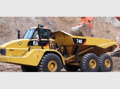 Caterpillar 740 Artic Dump Truck 1