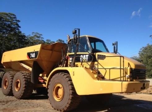 Caterpillar 740 Dump Truck 1