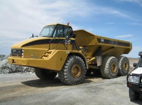 Caterpillar 740B Articulated Dump Trucks 3