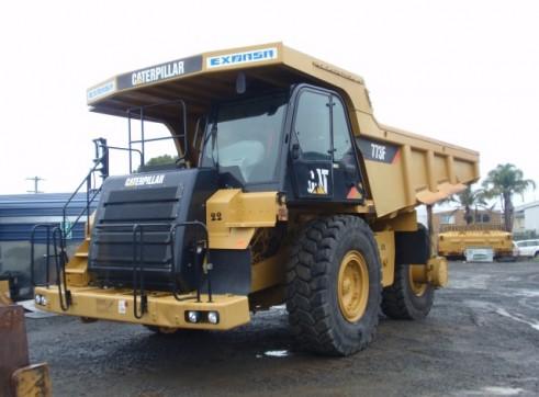 Caterpillar 773-F Dump Truck 3