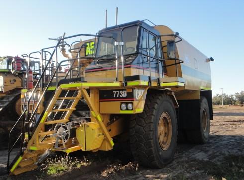 Caterpillar 773D Water Truck (A5) 3