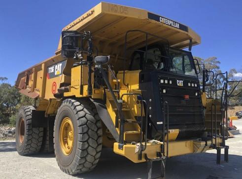 Caterpillar 773G Dump Truck 3