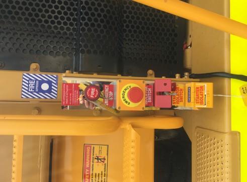 Caterpillar 775E Dump Truck 5