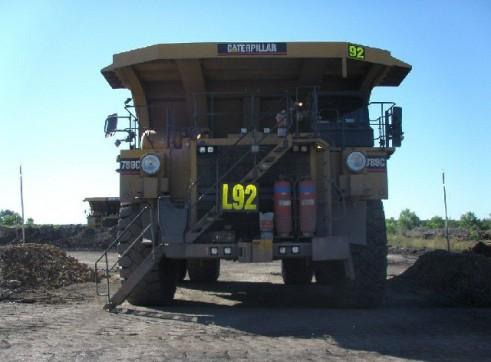 Caterpillar 789C Dump Truck 1