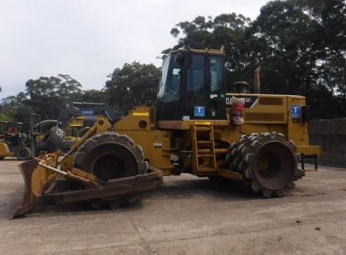Caterpillar 815F Compactors 2