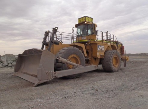 Caterpillar 854G Wheeled Dozer 2