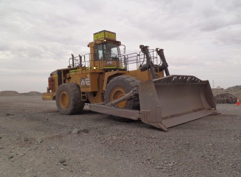 Caterpillar 854G Wheeled Dozer 1