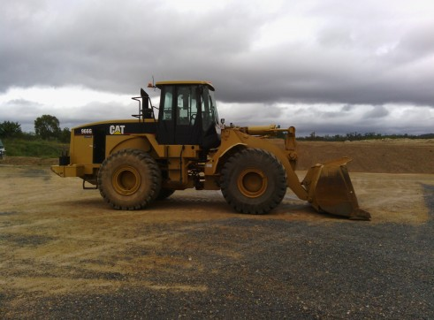 Caterpillar 966G Wheel Loader 2