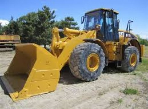 Caterpillar 972H Loader 1