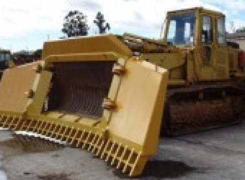 Caterpillar 973 Track Loader 3