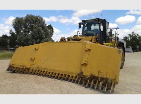 Caterpillar 980G Wheel Loader 2