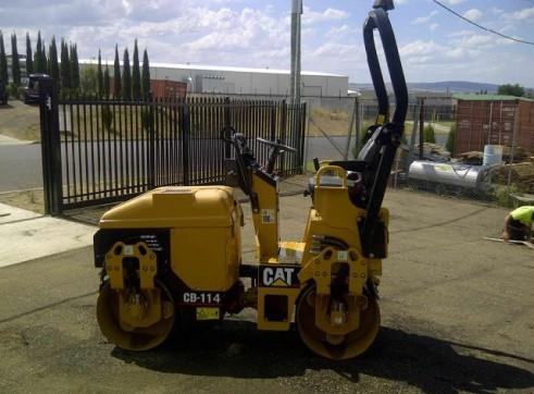 Caterpillar CB114 1.5T Double Drum Roller 1