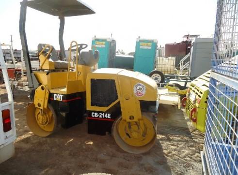 Caterpillar CB214E 2t Double Drum Roller  2