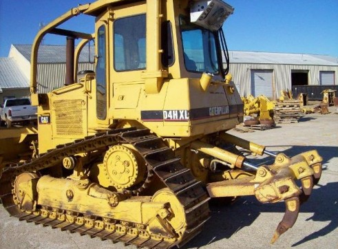 Caterpillar D10R Bulldozer 2