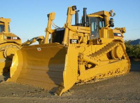Caterpillar D10R Dozer 1