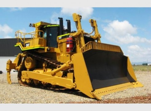 Caterpillar D10T Dozer 1